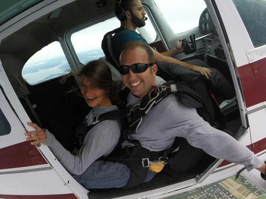 4 Incredible Benefits of Tandem Skydiving